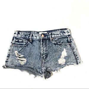 Forever 21 daisy dukes stone wash blue jean shorts
